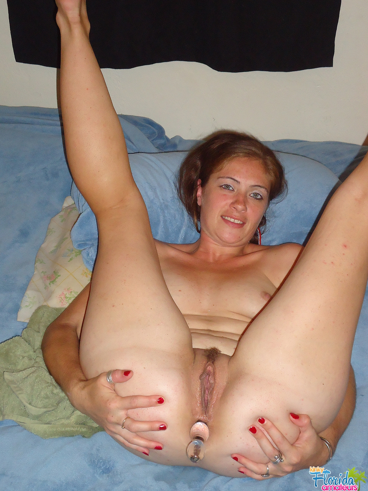uk swinging milf pics