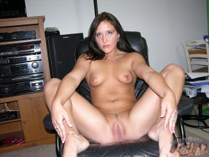 Amateurs First Time Modeling